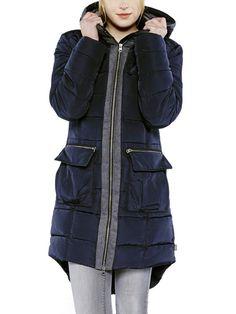 #Colorado #Denim #Damen #COLORADO #DENIM #Jacke #Birdy« #schwarz Jacke Birdy Schick und warm durch den Winter? Mit dieser gefütterten Damen-Jacke in glatter Qualität kein Problem. Sie zeigt sich im lässigen Parka-Stil mit schräg gesetzten Eingrifftaschen und einer abnehmbaren Kapuze. Die Jacke ist hinten länger geschnitten und schützt dank Wattierung vor Kälte. Material: 100% Nylon <br /> Jacke Birdy Schick und warm durch den Winter? Mit dieser gefütterten Damen-Jacke in glatter Qualität…