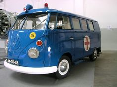 Former Portuguese Air Force Volkswagen ambulance for up to 3 casualties simultaneous transportation (2 stretchers + 1 seating ) + 1 folding seat for medic