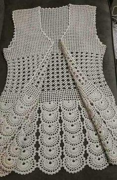 Knitting patterns, knitting designs, knitting for beginners. Crochet Vest Pattern, Crochet Shirt, Crochet Jacket, Crochet Blanket Patterns, Baby Blanket Crochet, Knit Crochet, Crochet Baby, Knitting Designs, Knitting Patterns