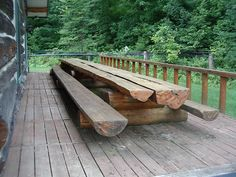 WOW Long Log Picnic Table picnic tables 10 Gorgeously Rustic Log Tables You'll Want For Your Cabin - Off Grid World Log Furniture Tools, Outdoor Wood Furniture, Garden Furniture, Cabin Furniture, Western Furniture, Furniture Removal, Furniture Design, Diy Picnic Table, Picnic Table Plans