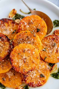 Nov 2019 - Roasted Garlic Butter Parmesan Butternut Squash – Melt-in-your-mouth and packed with flavor – restaurant-quality side dish ahead! These roasted garlic butter parmesan butternut squash s… Side Dish Recipes, Vegetable Recipes, Vegetarian Recipes, Dinner Recipes, Cooking Recipes, Healthy Recipes, Butter Squash Recipe, Garlic Butter, Baked Garlic