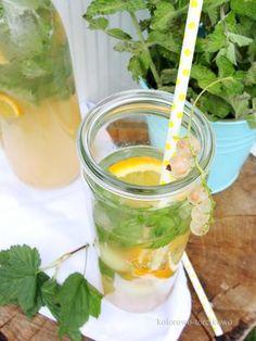 Zdjęcie: Lemoniada z białej porzeczki