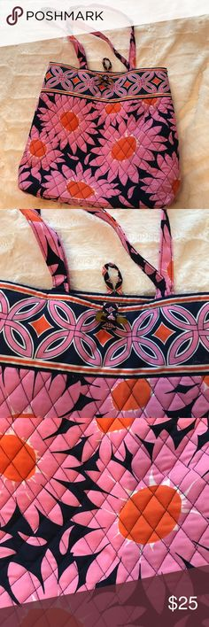 Vera Bradley small sized tote Pink flowered Vera Bradley small sized tote perfect for school or work! Vera Bradley Bags Totes