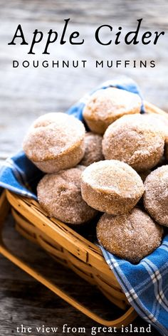Apple Cider Doughnut Muffins for when you can't wait another second for Fall. Th… Apple Cider Doughnut Muffins for when you can't wait another second for Fall. They're soft and tender inside, with a cider doughnut cinnamon sugar crust. Donut Recipes, Apple Recipes, Fall Recipes, Baking Recipes, Köstliche Desserts, Delicious Desserts, Dessert Recipes, Yummy Food, Donut Muffins