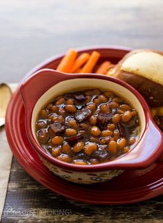 Pressure Cooker (Instant Pot) Baked Beans Baked beans in a sweet, smokey, sticky sauce perfect side dish for whatever you're grilling this Pressure Cooker Baked Beans, Power Pressure Cooker, Instant Pot Pressure Cooker, Pressure Cooking Today, Pressure Cooking Recipes, Carne Asada, Carnitas, Power Cooker Recipes, Frijoles Refritos