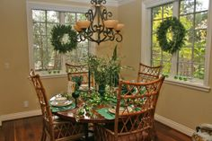 Tuscan dinette decorated for the Holidays