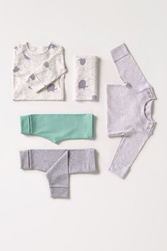 Make sure your baby is comfortable in their pyjamas. These grey neutral set are made from 100% cotton.