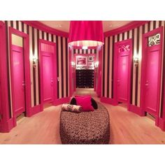 Navigating Victoria's Secret ❤ liked on Polyvore featuring pics and rooms