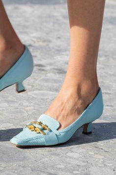 Pesquisa sobre consumo de sapatos em loja virtual – got sin?