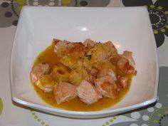 Dados de salmón con salsa de mostaza http://recetasparacocinillas.blogspot.com/2014/08/dados-de-salmon-con-salsa-de-mostaza.html