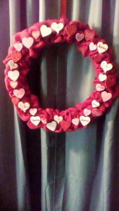 Valentine's Conversation wreath Etsy.com/shop/2HeartsAs1