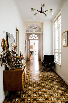 home in barcelona. tiled hallway in barcelona home of designer paloma lanna. Home Design, Decor Interior Design, Interior Styling, Interior Decorating, Decorating Ideas, Design Homes, Decorating Websites, Interior Paint, Retro Home Decor