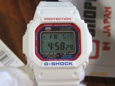 G-Shock GW-M5610TR-7JF White Tricolor Series-4