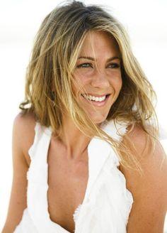 Jennifer Aniston (Jennifer Joanna Aniston) (born in Los Angeles, California (USA) on February 11, 1969)