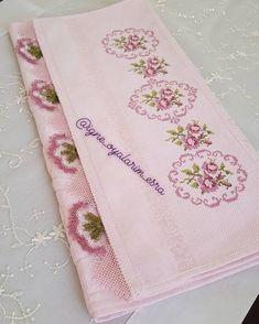 Selamun aleykum hayirli cumalar kardesler @igne_oyalarim_esra . . . . . . . . . . . . . . . . . . . . . . #igneoyasi #havlu #mutfak… Beading Patterns, Embroidery Patterns, Cross Stitch Patterns, Cross Stitch Rose, Cross Stitch Embroidery, Bargello, Cross Stitch Designs, Diy And Crafts, Victorian