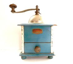 Vintage French coffee grinder Dalto by CabArtVintage on Etsy, $60.00