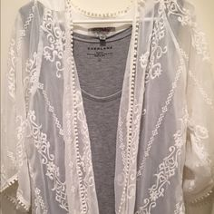 white lace flowing cardigan white lace detail open front flowing cardigan from urban outfitters.. worn twice but in excellent condition. Urban Outfitters Tops
