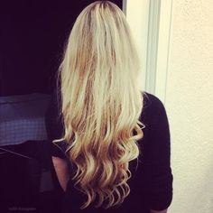 blonde ombre waves