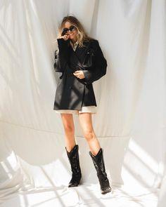Claire, Leather Skirt, Rose, Skirts, Instagram, Summer, Fashion, Moda, Skirt