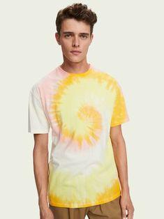 Men Crew Neck Tie Dye T-Shirt Tie Dye T Shirts, Scotch Soda, Trending Now, Crew Neck, Mens Tops, Collection, Fashion, Tie Shirts, Moda