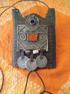 Vintage Moroccan Leather Neckpurse Decorated With Berber Amulet Old Beads Gl Coins