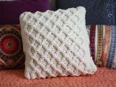 knit cabled pillow pattern & The Anchor Pillow knitting pattern. Super bulky yarn. Intarsia ... pillowsntoast.com
