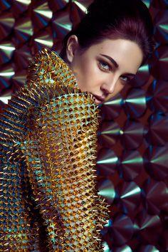 GOLD - Noname Magazine Photographer: Stoney Darkstone Retoucher: Ieva Purina