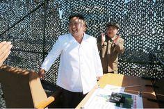 """El gobierno de Corea del Sur tiene contemplado el asesinato de Kim Jong Un en caso de detectar una agresión inminente por parte de Corea del Norte, afirmó el ministro de Defensa surcoreano Han Min Koo en una sesión parlamentaria de la cual da cuenta la prensa en Seúl.  Las Fuerzas Armadas surcoreanas """"contemplan desplegar fuerzas especiales para acabar con el líder Kim Jong Un"""" como parte del plan """"Castigo Masivo y Represalias de Corea"""" (KMPR, por sus siglas en inglés) elaborado después de…"""