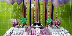 Fazer uma festa de aniversário de criança em casa é uma opção para quem busca um evento personalizado, com flexibilidade de horários e data, além de custos menores.