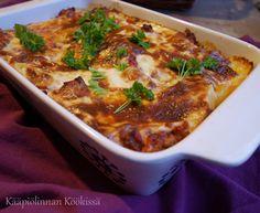 Mehevä jauheliha-pastavuoka Rice Recipes, Cooking Recipes, I Love Food, Lasagna, Risotto, Food And Drink, Soup, Favorite Recipes, Meat