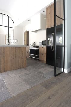 Our floor L & # Authentique is a natural stone floor of Belgian bluestone, . - Our floor L & # Authentique is a natural stone floor made of Belgian bluestone, which we age co - Kitchen Chairs, Kitchen Flooring, Kitchen Backsplash, Transition Flooring, Inexpensive Flooring, Natural Stone Flooring, Wooden Flooring, Limestone Flooring, Vintage Kitchen