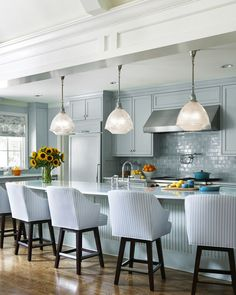 House of Turquoise: Tobi Fairley Interior Design, The walls and kitchen cabinets are painted Tidewater by Sherwin-Williams House Of Turquoise, Turquoise Kitchen, Aqua Kitchen, Turquoise Color, Turquoise Cottage, Kitchen Logo, Kitchen Rustic, Open Kitchen, Kitchen Pantry