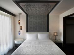 Le Méridien Istanbul Etiler—Residential Bedroom by LeMeridien Hotels and… Modern Bedroom, Bedroom Decor, Bedroom Lighting, Bedroom False Ceiling Design, Small Bedroom Designs, Hotel Interiors, Headboards For Beds, Bed Design, Interior Design