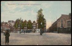 Grote Kattenburgerstraat 7-17C en links Kattenburg.