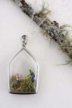 Living Locket - terrarium necklace