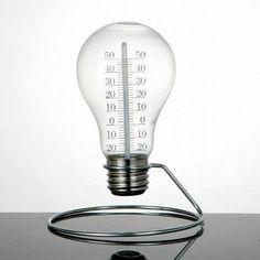 大人のインテリアにオススメ!!ユニークな電球型の温度計。 https://room.rakuten.co.jp/room_jp/1700004081354317?scid=we_rom_pinterest_official_20150318_r1