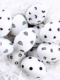 Simple black and white Easter eggs are festive without all the fuss. Grab a marker or acrylic paint and get crackin'! Childrens Party, Bunting, Marker, Easter Eggs, Garland, Festive, Paint, Simple, Black