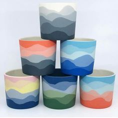 LAST CHANCE LAB! Just unloaded the final 2018 kiln, and there are a few pieces of extra stock that have been added (link to Lab in bio). Painted Plant Pots, Painted Flower Pots, Pottery Painting Designs, Pottery Designs, Ceramic Pottery, Pottery Art, Pebeo Porcelaine, Beton Design, Decorated Flower Pots