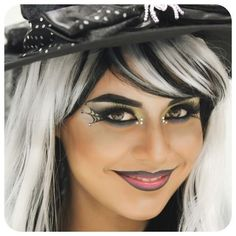 Cute witch makeup for Halloween! Costume Halloween, Witch Costumes, Halloween Kostüm, Vintage Halloween, Vintage Witch, Cute Witch Costume, Kids Witch Makeup, Halloween Makeup Witch, Kids Makeup