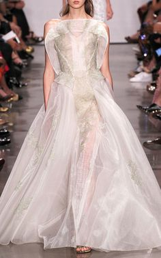 Embroidered Guipure Gown by ZAC POSEN for Preorder on Moda Operandi