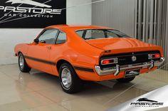 Ford Maverick GT 1975 . Pastore Car Collection              Ford Maverick GT V8 de Plaqueta LB5E 1975/1975. Veículo todo restaurado! Impecável! Motor com peças de performance, cabeçote de alúminio, comando, quadrijet Edelbrock, bomba elétrica, etc. Aproximadamente 300CV  Dados de fábrica: Motor 8 cilindros em V (4.950 cm³) com potência de 199CV (197HP) a 4600rpm e torque de 39,5kgfm a 2400rpm. No início dos anos 70, a Ford do Brasil, que havia incorporado recentemente a Willys, possuía no…