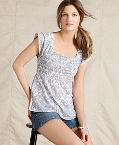 cute paisley top by #TommyHilfiger