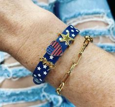 Keep Jewelry, Beaded Bracelets, Fashion, Moda, Fashion Styles, Pearl Bracelets, Fashion Illustrations, Seed Bead Bracelets, Pearl Bracelet