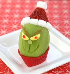 Grinch kiwi snack by anotherlunch.com, via Flickr