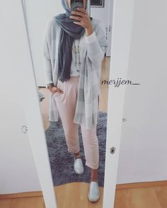 do more of what makes you happy Modern Hijab Fashion, Muslim Fashion, Modest Fashion, Hijab Style, Hijab Chic, Chic Outfits, Fashion Outfits, Hijab Trends, Mode Hijab