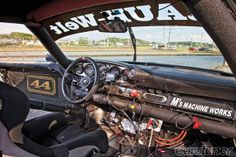 Rauh Welt Porsche - cockpit