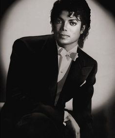 Another dashing MJ portrait
