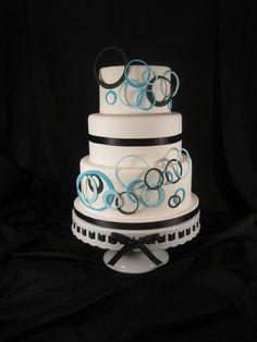 Circle wedding cake