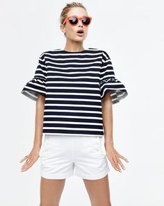 Such a cute top! Love the ruffled sleeves and stripes