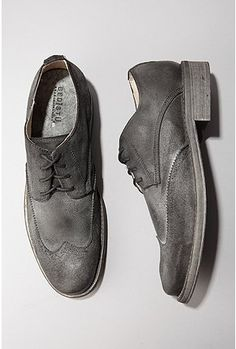 Black suede oxfords. Get yourself a pair. Casual yet classic. #bedstu